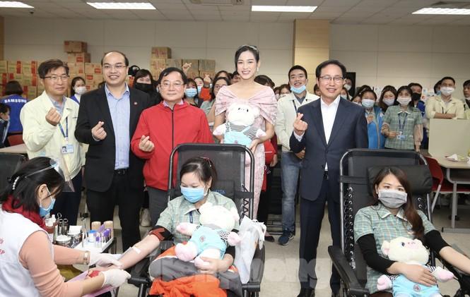 Samsung Thái Nguyên sôi động hiến máu hưởng ứng chương trình Chủ nhật Đỏ 2021 - ảnh 11