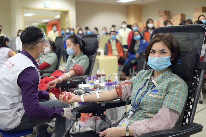 Samsung Thái Nguyên sôi động hiến máu hưởng ứng chương trình Chủ nhật Đỏ 2021 - ảnh 5
