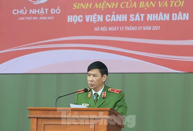'Bóng hồng' Học viện Cảnh sát Nhân dân sẻ chia giọt hồng lan tỏa Chủ nhật Đỏ - ảnh 2