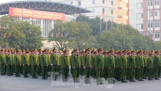 'Bóng hồng' Học viện Cảnh sát Nhân dân sẻ chia giọt hồng lan tỏa Chủ nhật Đỏ - ảnh 1