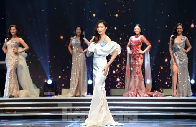 Nữ sinh ĐH Nam Cần Thơ Lê Thị Tường Vy đăng quang Hoa khôi Sinh viên Việt Nam 2020 - ảnh 10