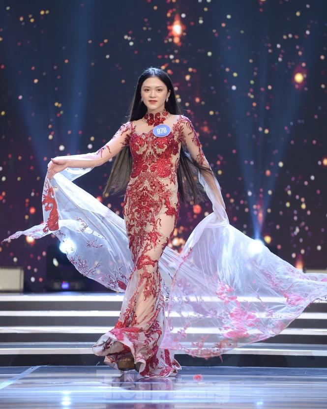 Nữ sinh ĐH Nam Cần Thơ Lê Thị Tường Vy đăng quang Hoa khôi Sinh viên Việt Nam 2020 - ảnh 11