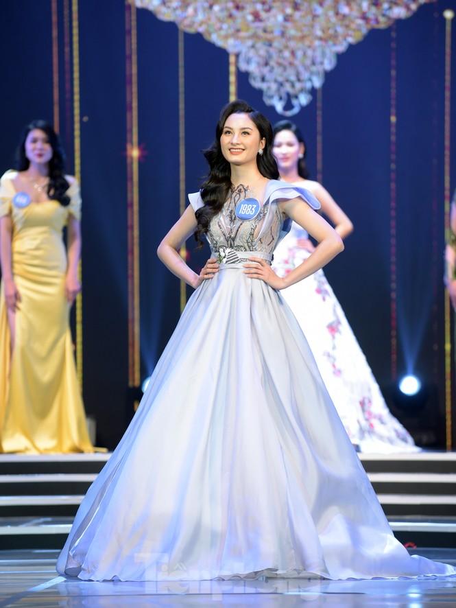 Nữ sinh ĐH Nam Cần Thơ Lê Thị Tường Vy đăng quang Hoa khôi Sinh viên Việt Nam 2020 - ảnh 16