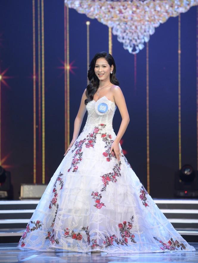 Nữ sinh ĐH Nam Cần Thơ Lê Thị Tường Vy đăng quang Hoa khôi Sinh viên Việt Nam 2020 - ảnh 17