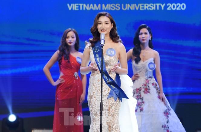 Nữ sinh ĐH Nam Cần Thơ Lê Thị Tường Vy đăng quang Hoa khôi Sinh viên Việt Nam 2020 - ảnh 19