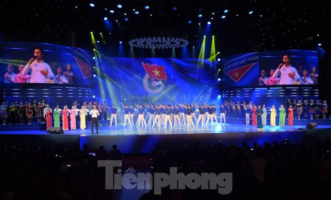 Những hình ảnh ấn tượng tại Lễ kỷ niệm 90 năm thành lập Đoàn TNCS Hồ Chí Minh - ảnh 2