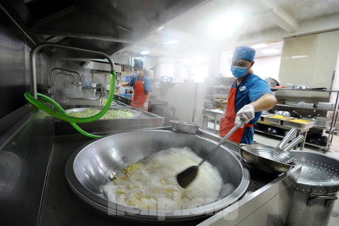 Bữa ăn bán trú của học sinh 'mùa Covid -19' - ảnh 4