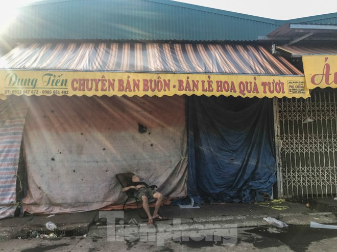 Chợ Long Biên ngày trùm bảo kê Hưng 'kính' nhận án 48 tháng tù - ảnh 13