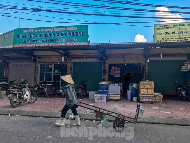 Chợ Long Biên ngày trùm bảo kê Hưng 'kính' nhận án 48 tháng tù - ảnh 6