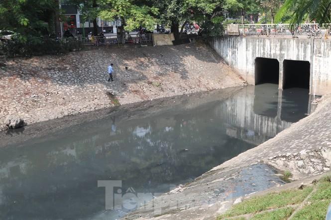 Vì sao bất ngờ tháo dỡ khu thí điểm làm sạch nước sông Tô Lịch? - ảnh 5