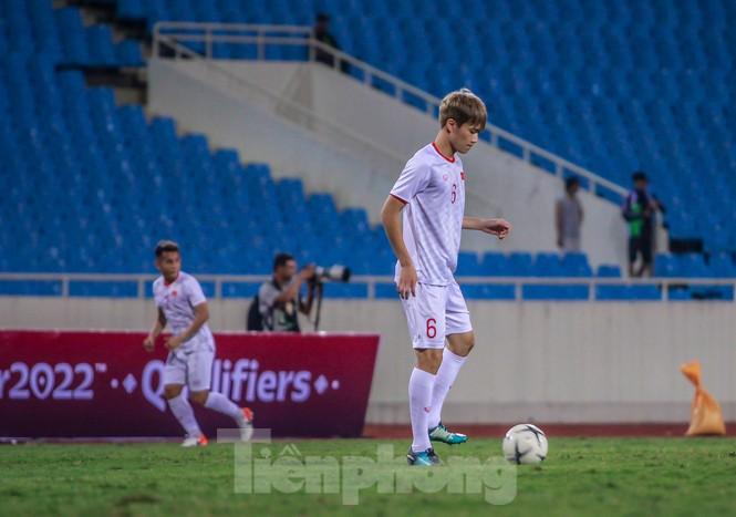 Trước trận gặp UAE, thầy Park gây chú ý với hành động đặc biệt ở Mỹ Đình - ảnh 10