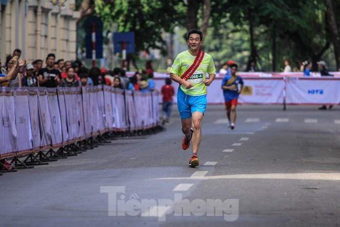 Giải chạy tiếp sức Kizuna Ekiden: 'Chạy vì an toàn giao thông'. - ảnh 14