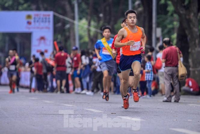 Giải chạy tiếp sức Kizuna Ekiden: 'Chạy vì an toàn giao thông'. - ảnh 4