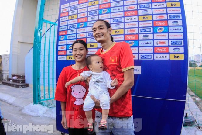 HLV Park Hang Seo nhận món quà bất ngờ trước trận Thái Lan - ảnh 10