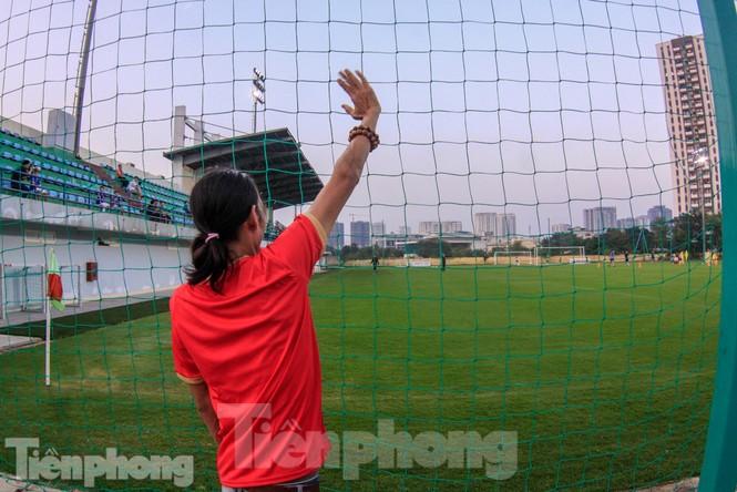 HLV Park Hang Seo nhận món quà bất ngờ trước trận Thái Lan - ảnh 11