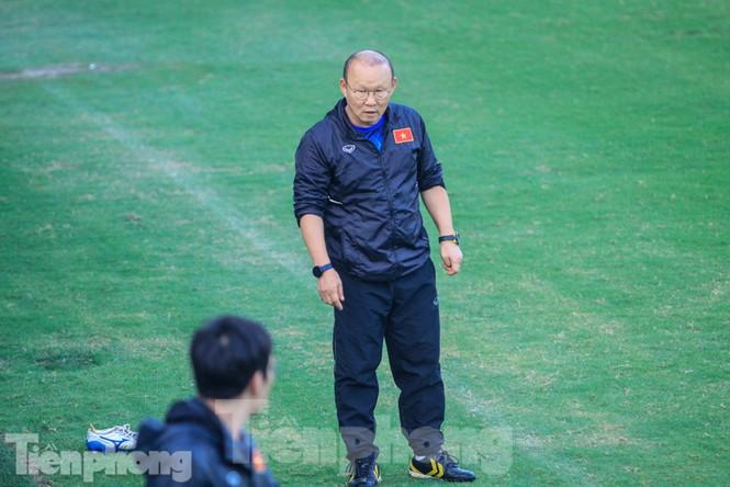 HLV Park Hang Seo nhận món quà bất ngờ trước trận Thái Lan - ảnh 5