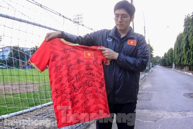 HLV Park Hang Seo nhận món quà bất ngờ trước trận Thái Lan - ảnh 6