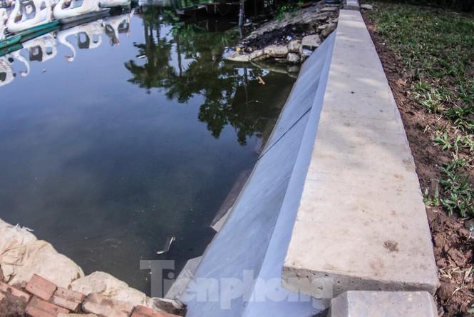 Cận cảnh bờ kè bằng khối bê tông đúc sẵn thí điểm cho Hồ Gươm - ảnh 8