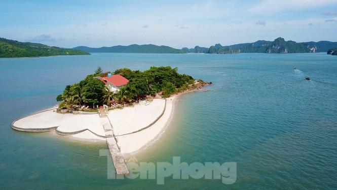 """Hàng loạt đảo trên vịnh Bái Tử Long bị các đại gia chiếm làm """"vương quốc"""" riêng - ảnh 1"""