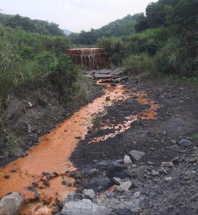 Chủ doanh nghiệp để nước thải nhiễm kim loại đổ ra vịnh Hạ Long nói lỗi Bộ TNMT - ảnh 5