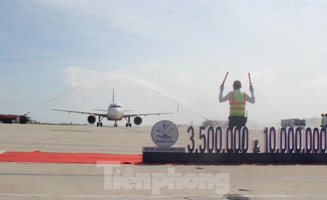 Khánh Hoà đón khách du lịch quốc tế thứ 3,5 triệu - ảnh 2