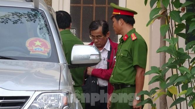 Bãi nhiệm chức danh Chủ tịch HĐND TP Phan Thiết đối với ông Đỗ Ngọc Hiệp - ảnh 1