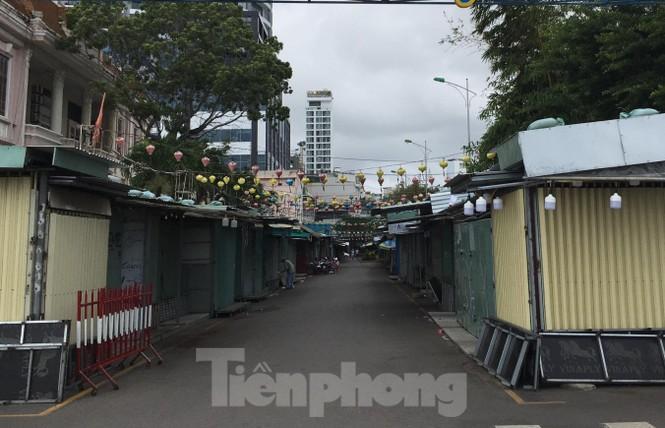 """Công ty Yến sào Khánh Hoà bị tố """"bán chui"""" nhiều ki-ốt tại chợ đêm - ảnh 2"""