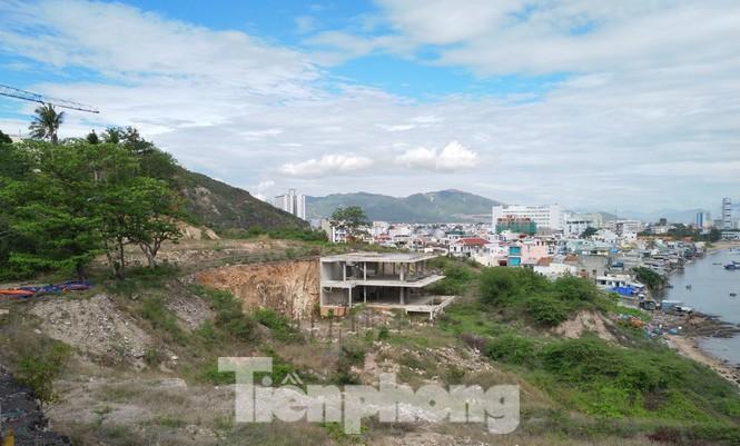 Cận cảnh khu di tích lầu Bảo Đại được chuyển đổi để xây biệt thự, resort - ảnh 4