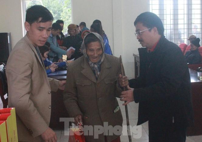 Tập đoàn Vingroup mang Tết sớm đến cho các hộ nghèo miền núi Thanh Hóa - ảnh 3