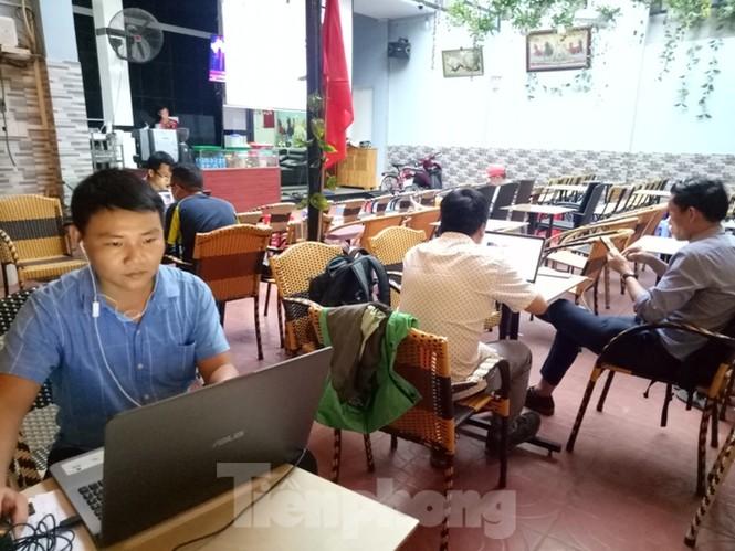 Mẹ tiền đạo Tiến Linh: Tôi có linh cảm U22 Việt Nam sẽ dành chiến thắng - ảnh 5