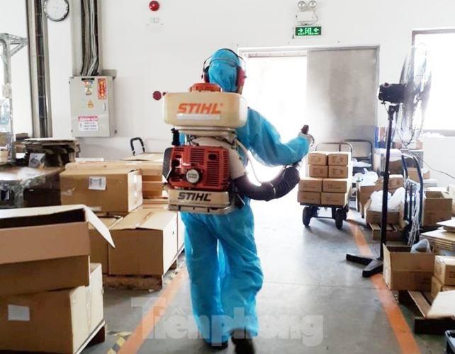 DN sáng tạo nơi ăn uống cho người lao động thời dịch COVID-19 - ảnh 4