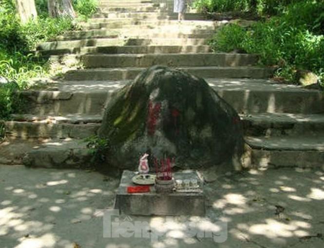 Huyền bí ngôi chùa 'độc nhất vô nhị' ở Bình Dương - ảnh 3