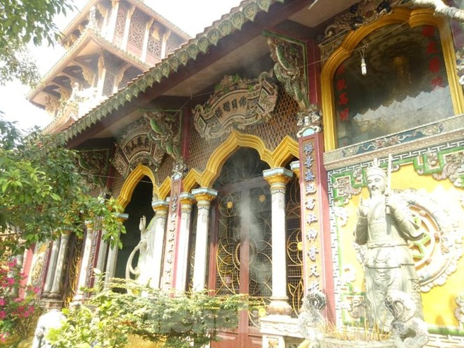 Huyền bí ngôi chùa 'độc nhất vô nhị' ở Bình Dương - ảnh 7