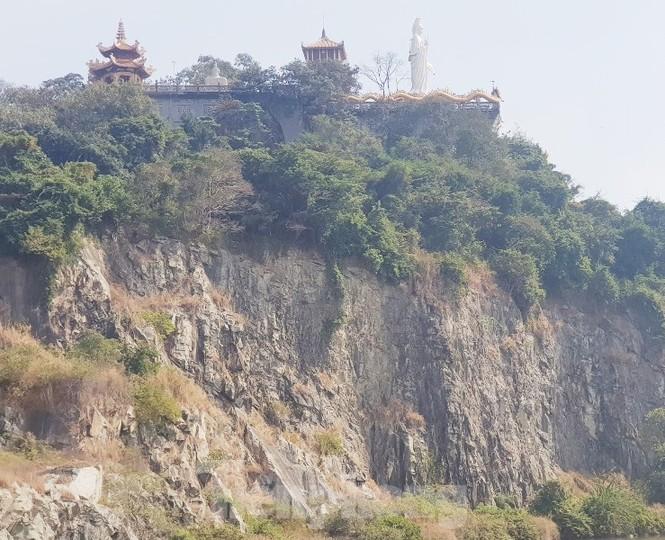 Huyền bí ngôi chùa 'độc nhất vô nhị' ở Bình Dương - ảnh 2