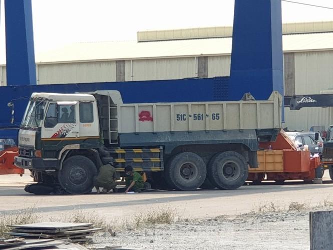 Người đàn ông bị xe tải cán chết tại cảng ở Bình Dương - ảnh 1