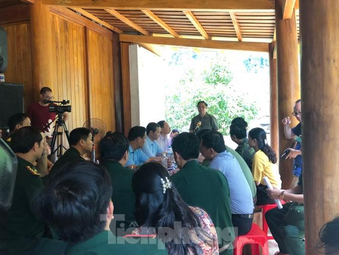 Trưởng ban Tổ chức Trung ương thăm hỏi, chỉ đạo khắc phục hậu quả mưa lũ - ảnh 5