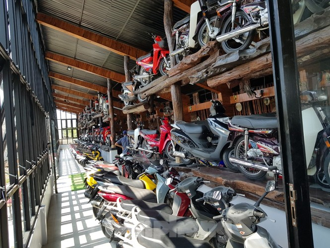 Mê mẩn với bộ sưu tập 500 chiếc xe máy biển số 'khủng'  - ảnh 18