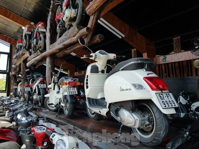 Mê mẩn với bộ sưu tập 500 chiếc xe máy biển số 'khủng'  - ảnh 3