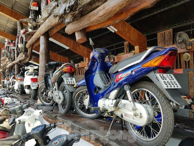 Mê mẩn với bộ sưu tập 500 chiếc xe máy biển số 'khủng'  - ảnh 5