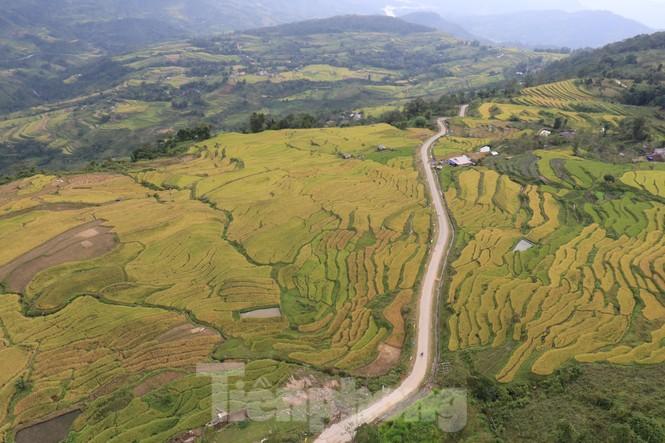 Những cánh dù bay trên biển mây Hồng Thái, Tuyên Quang - ảnh 13