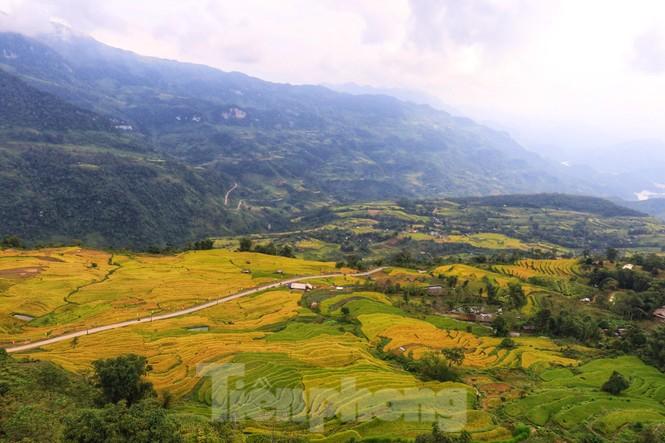 Những cánh dù bay trên biển mây Hồng Thái, Tuyên Quang - ảnh 12