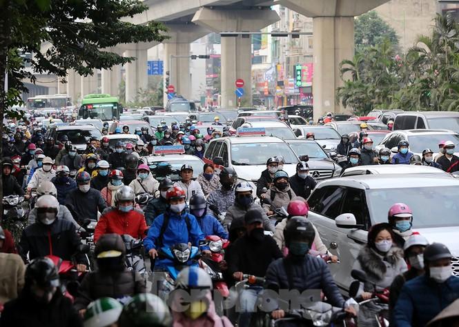 Người dân Thủ đô lại bị ám ảnh tắc đường những ngày cuối năm - ảnh 2