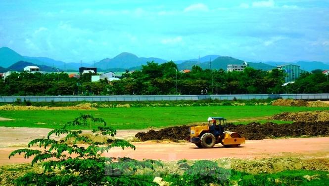 'Rùa bò' tại đại dự án 100 tỷ xây quảng trường, công viên cây xanh lớn nhất TT-Huế - ảnh 3