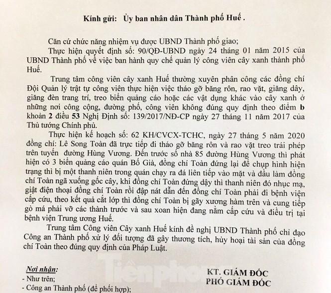Ghi nhận hiện trạng trước quán café, nhân viên cây xanh tại Huế bị đánh bầm dập - ảnh 2