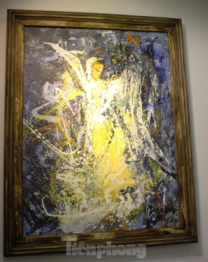 Vẻ đẹp của phụ nữ qua những bức tranh nude nghệ thuật - ảnh 12