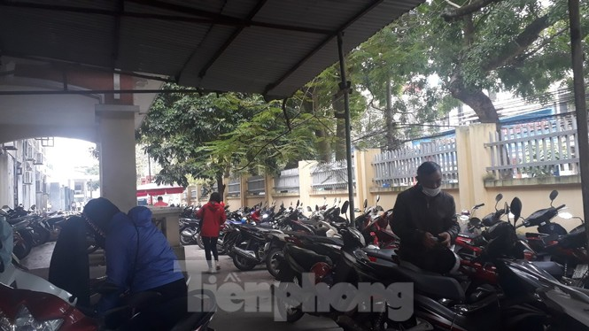 Chủ tịch Bắc Giang chỉ đạo kiểm tra dịch vụ trông giữ xe sau phản ánh của Tiền Phong - ảnh 1