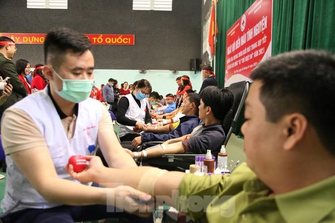 Sôi nổi ngày hội Chủ nhật Đỏ tại Bắc Giang - ảnh 11