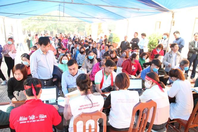 Sôi nổi ngày hội Chủ nhật Đỏ tại Bắc Giang - ảnh 1