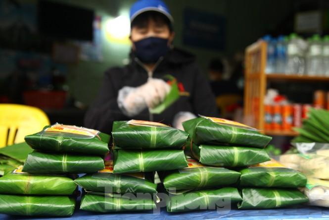 Cảnh dân làng nghề bánh phu thê ngon nức tiếng tại Bắc Ninh cần mẫn giữa vụ bánh Tết khó khăn - ảnh 15