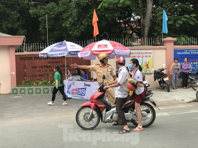 CSGT tung quân chống kẹt xe kỳ thi THPT quốc gia 2019 - ảnh 3